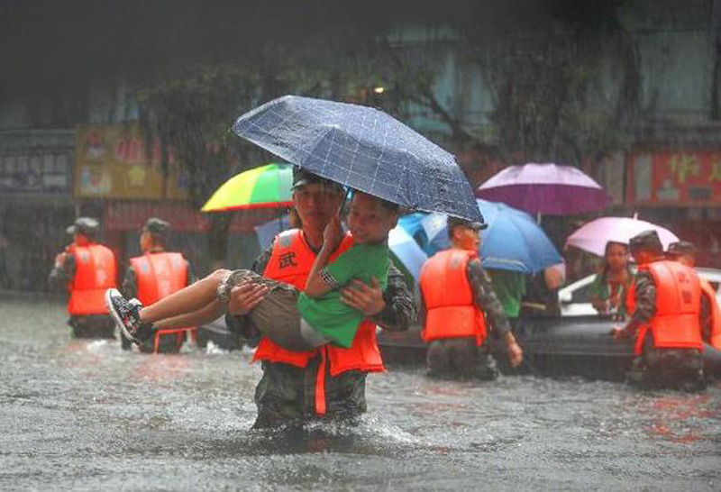 郑州抗洪现场